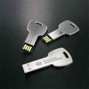 usb chìa khóa in khắc logo quà tặng